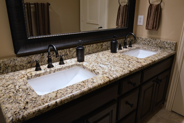 traditional-bathroom-countertops
